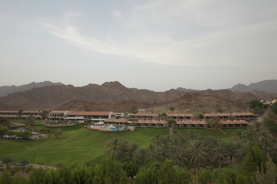 JA Hatta Fort Hotel: Expansive hotel and grounds