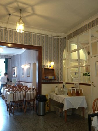 The George Hotel: Breakfast dining room