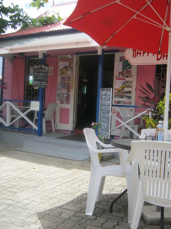 Happy Days Cafe: Outdoor Scenery At Happy Days