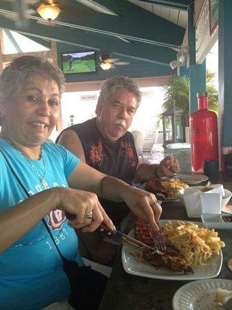 Sweet Peppers Restaurant & Bar Aruba : costillas BBQ excelentes