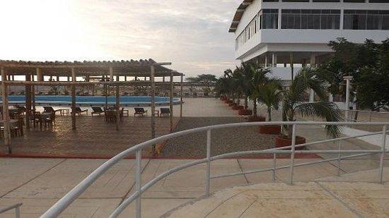 Hotel Versilia: Area de comedores