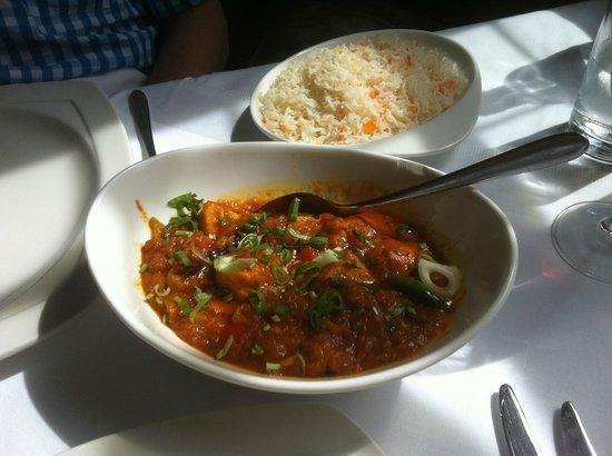 Masala Gate Indian Restaurant & Takeaway: Garlic chilli chicken