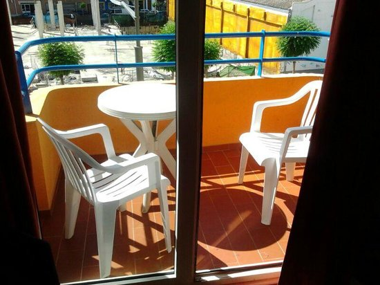 Hotel Comercio : Balcón a la calle peatonal