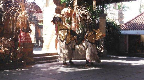 Barong & Kris Dance: Barong