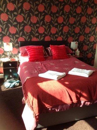 Alderley Hotel: our lovely room