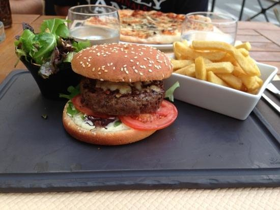 Brasserie Colomba: hamburger
