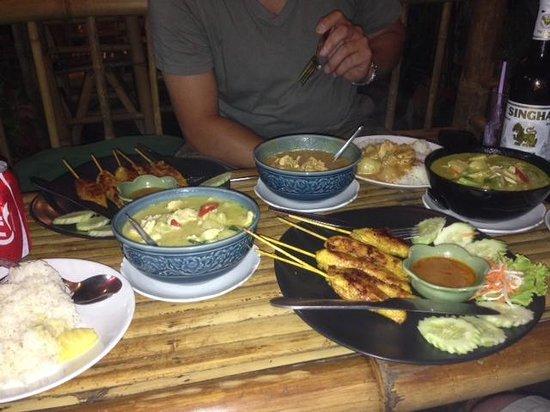 Krua Kritsana: A small feast...!