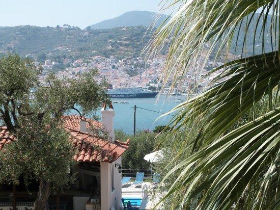 Evlalia Apartments: Stuning balcony view