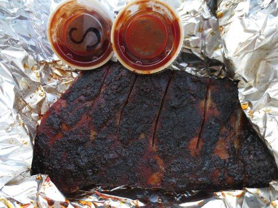 Holy Smoke Texas BBQ: Rack.