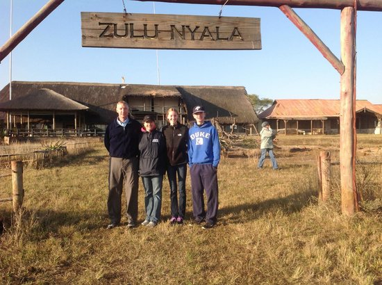 Zulu Nyala Game Lodge: The old fim set of