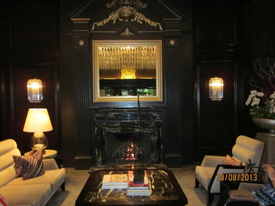 Rosewood Hotel Georgia : Mysig lobby