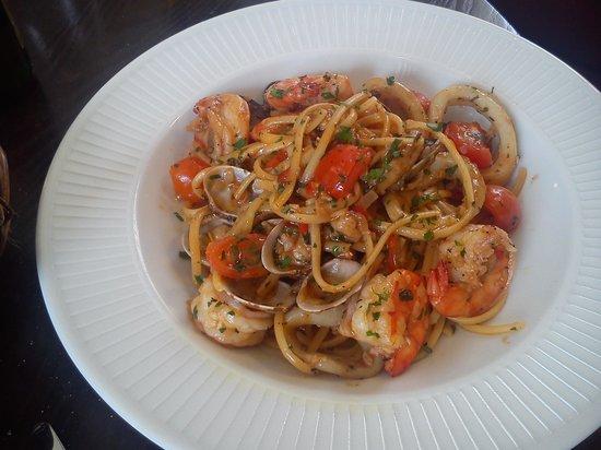 Cote Brasserie Sevenoaks: seafood linguini