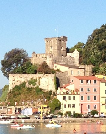 Castello di San Terenzo : getlstd_property_photo