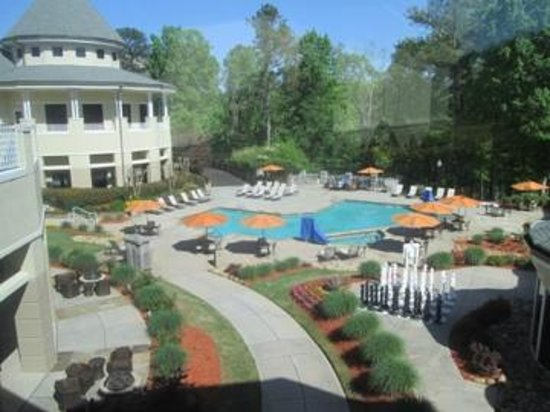 swimming pool area picture of atlanta evergreen marriott. Black Bedroom Furniture Sets. Home Design Ideas