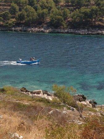 Lastovo: strand bij de kleine en grote vuurtoren