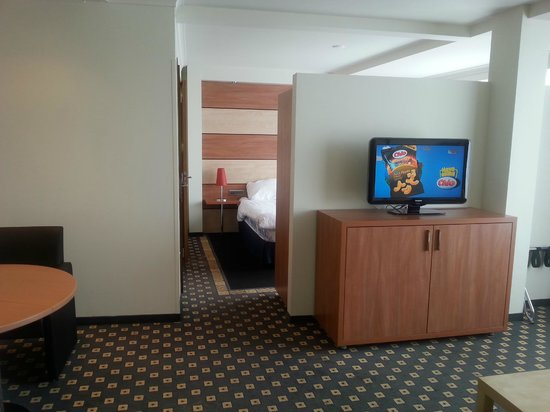 Die Port van Cleve: Een ruime comfortabele twee-kamer suite!