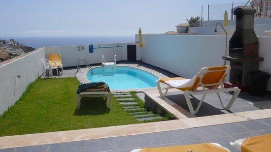 Mirador Del Mar Villas: Pool