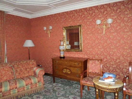 Grand Hotel Vanvitelli: Camera Matrimoniale
