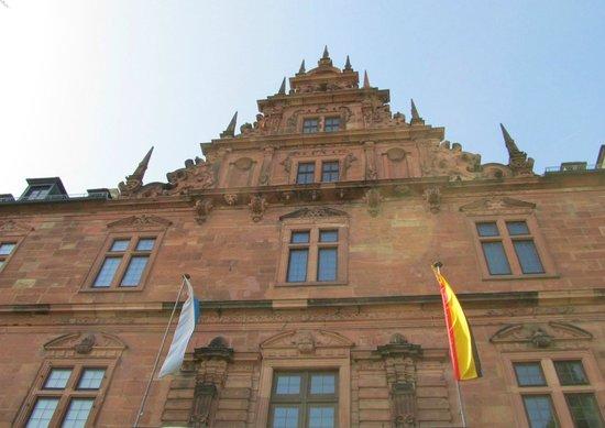 Schloss Johannisburg mit Schlossanlagen: Johannisburg Schloss