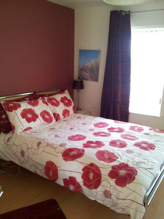 Newcastle Country Cottages: 2nd bedroom