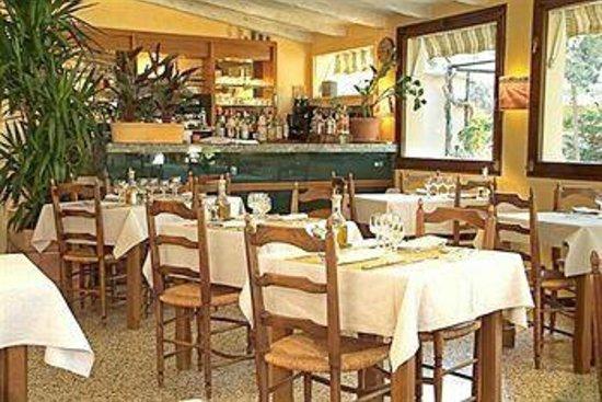 Villa Glanum Hotel : The Restaurant
