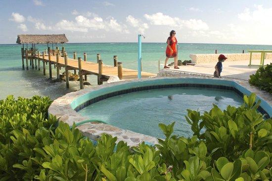 Compass Point Beach Resort: pier