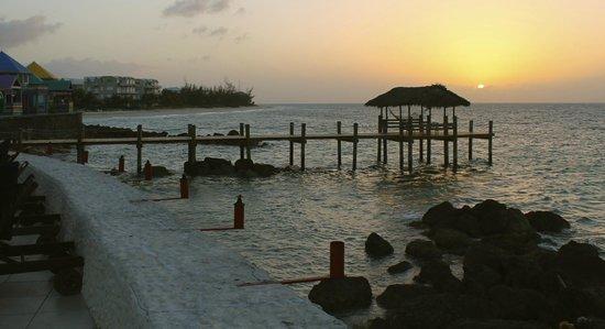 Compass Point Beach Resort: sunset