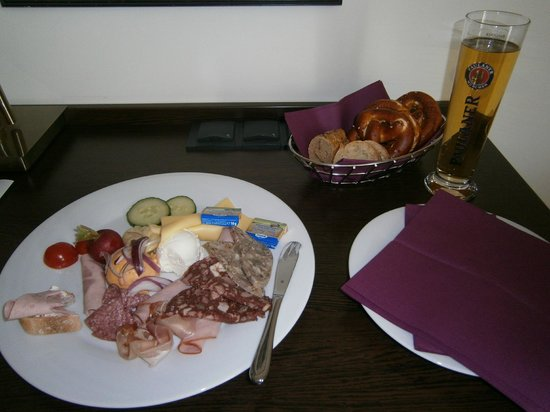 The Rilano Hotel Munich: Nette Überraschung: The Rilano Brotzeit