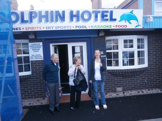 The Dolphin Hotel: Outside the Dolphin
