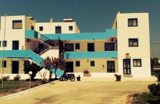 Anthia Apartments : Anthia Appartments, Marmari (August 2013)