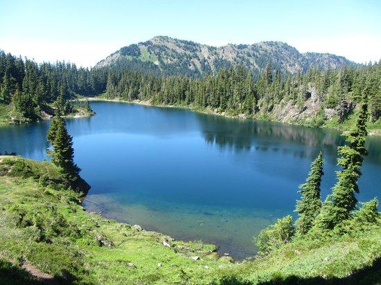 Chain Lakes Loop : Hayes Lake