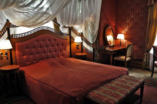 Hotel I Restauracja Rezydencja Prices Reviews Legnica Poland