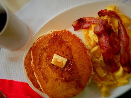 Breakfast in America : Triple-play.