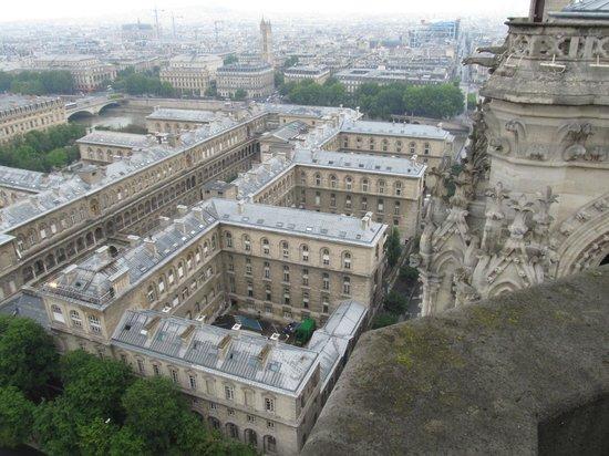 Hospitel-Hôtel Dieu Paris: View of hotel from Notre Dame tower