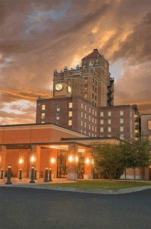 Marc Restaurant : Located in the historic Marcus Whitman Hotel