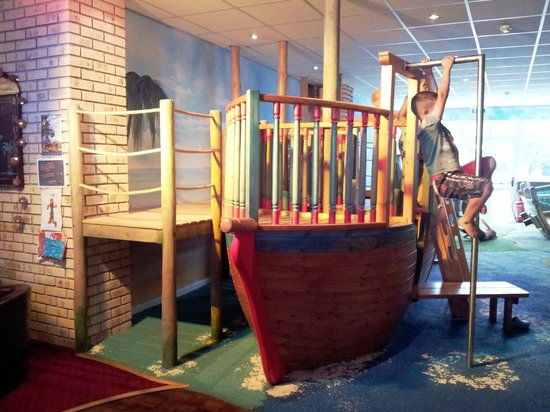 The Smugglers Bar and Grill: Play area at Smugglers Bar and Grill
