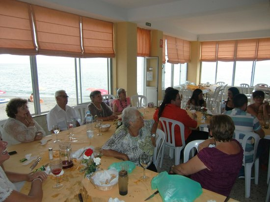 Restaurante Antonio Moreno: Un salon estupendo