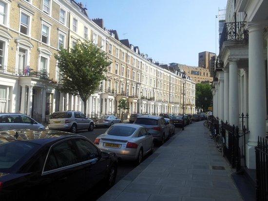 Westbury Hotel Kensington: El barrio donde se encuentra es tranquilo y muy agradable
