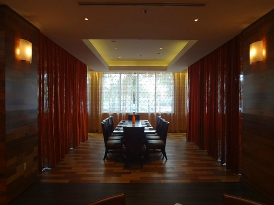 Semi private dining room picture of cane fire grille for Best private dining rooms miami