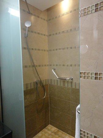 Delicieux Spirit Hotel Thermal Spa: Shower Bath