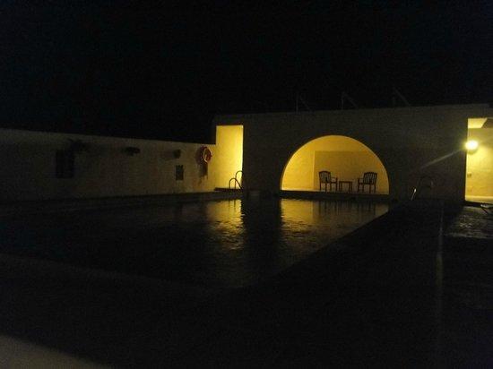 Cortijo el Sotillo: Piscina in notturna