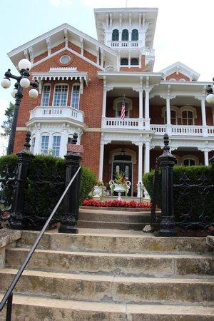 Belvedere Mansion: house