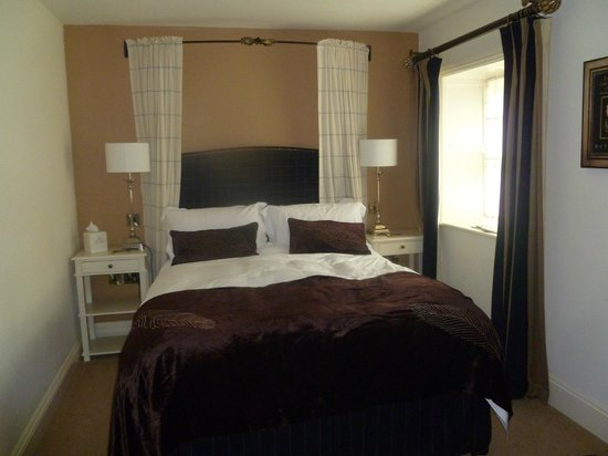 The Timble Inn: Room 3 well furnished and very comfortable