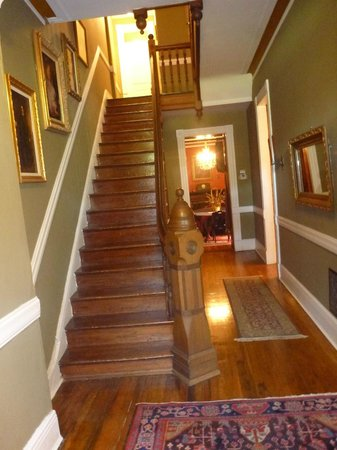 Chester Arthur House B & B at Logan Circle: Stairs