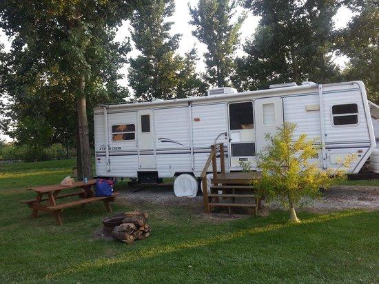 Caboose Lake Campground : RV rental