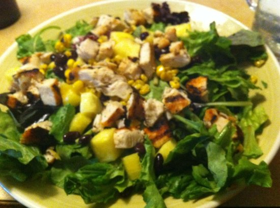 99 Restaurants: Fit for You Chicken Fiesta Salad (without dressing)