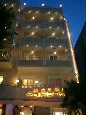 Hotel Sirena : veduta serale