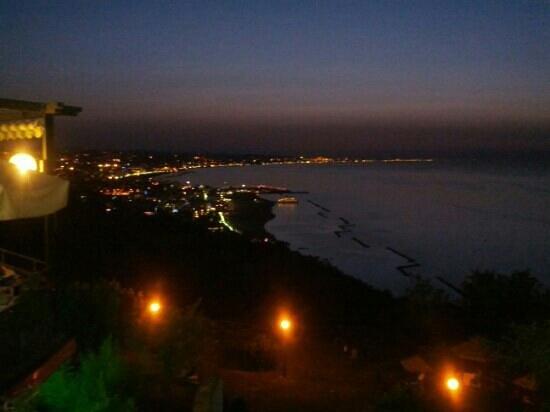 Hotel Sirena : Panoramica da Gabicce Monte