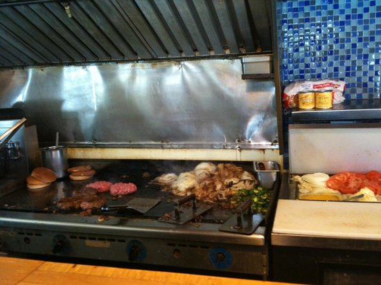 Nic's Grill: The Grill at Work