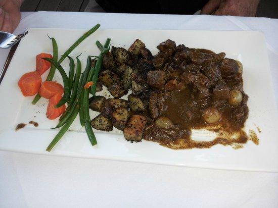 Petit Cavalier: Beef